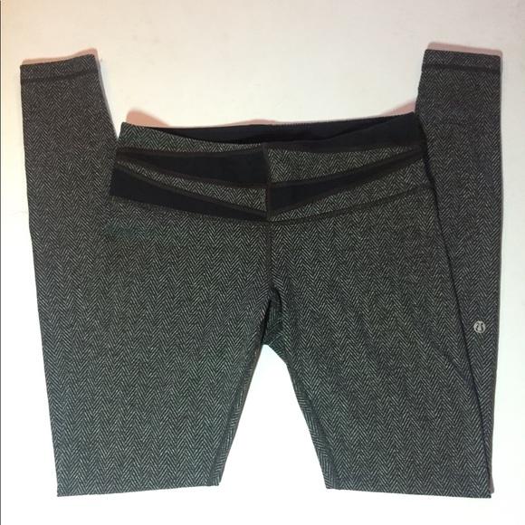 ee4ca908a6 lululemon athletica Pants - Lululemon Athletica Herringbone Legging
